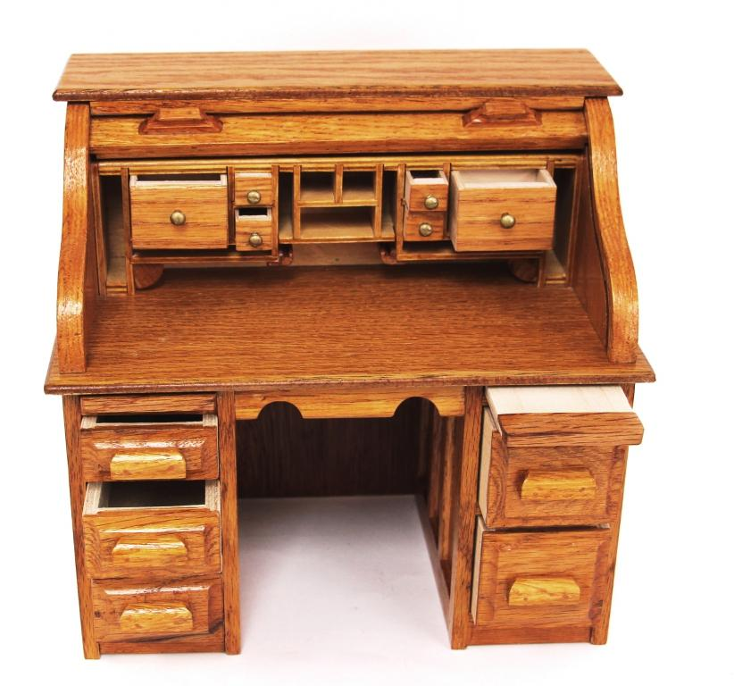 Miniature Oak Roll Top Desk Img 0732 3